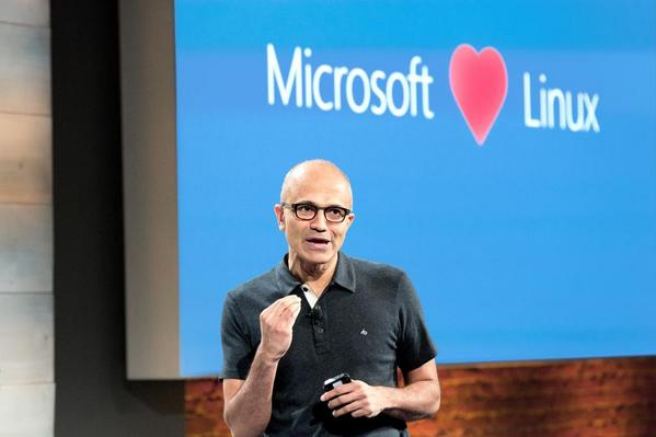Microsoft призналась в любви к Linux
